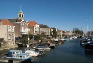 Dordrecht, view to the Wijnhaven from the Nieuwbrug (left churchtower Bonifatiuskerk)